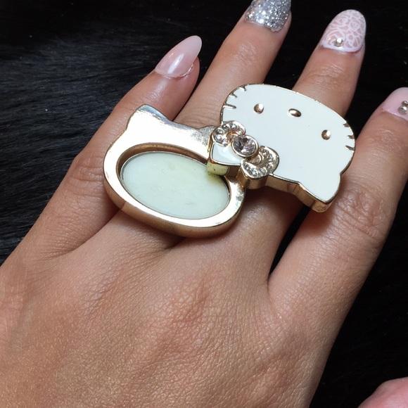 6b324ddb4 Hello Kitty Jewelry - 🎀HELLO KITTY🎀 Big Pink Bow Ring